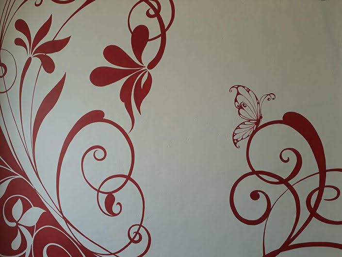 red-floral-bathroom-wall-mural-corner-butterfly