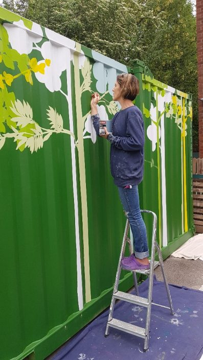 urban-city-woodland-shippingcontainer-mural-green-painting