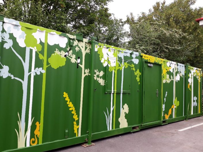 urban-city-woodland-trees-shippingcontainer-mural-green