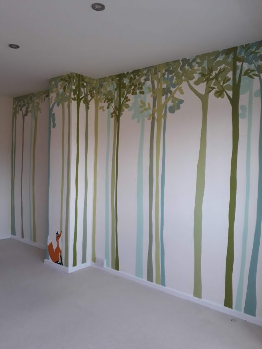 trees-bedroom-wall-mural-roomview-stripe-blue-green