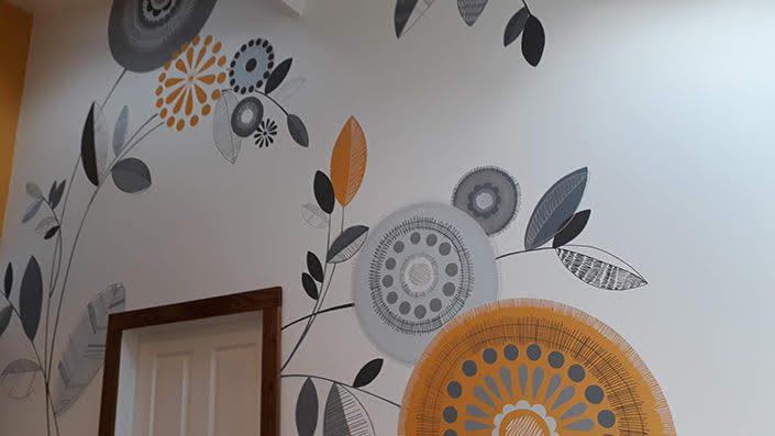 retro-floral-kitchen-wall-mural-circles