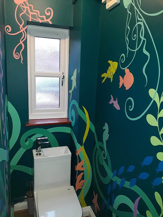 under-the-sea-toilet-wall-mural-fish